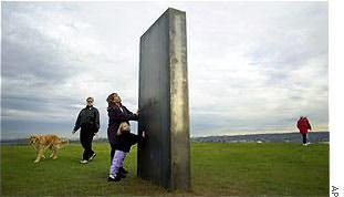 The monolith appeared in Magnuson Park in Seattle, Washington, on January 1st, 2001.